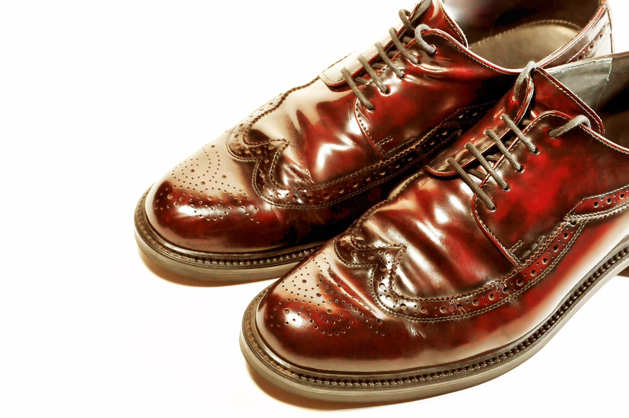 https://www.dreamstime.com/royalty-free-stock-photos-pair-old-fashioned-brown-shoes-isolated-image20178948